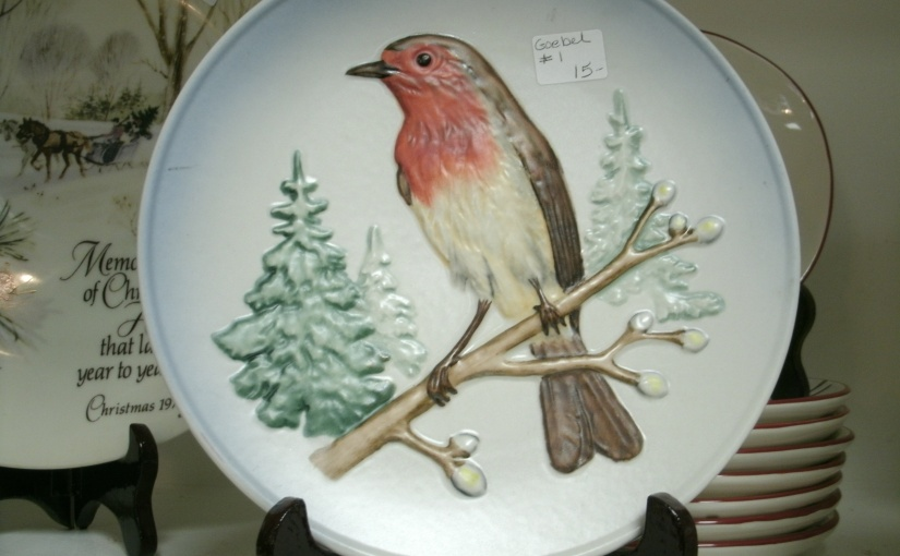 Lovely Winter Robin Collectible Plate from Goebel